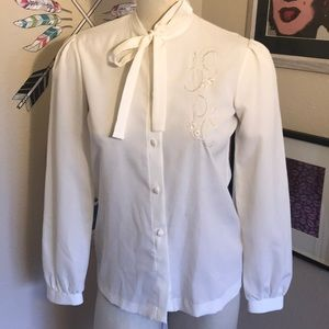Vintage White Pussy Bow Button Down Blouse